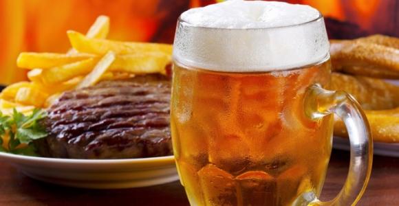 Скидка 50% на ужин с мясом и пенным напитком в кафе