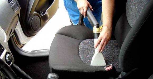 Скидка до 72% на химчистку элементов салона автомобиля в