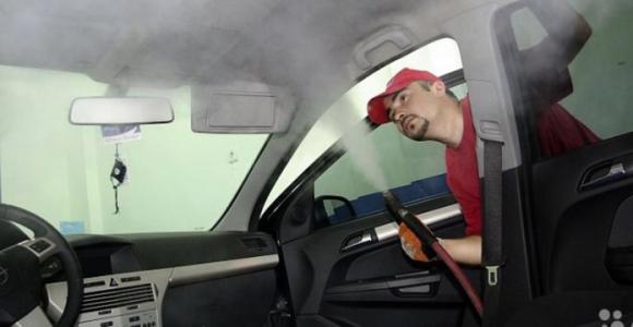 Скидка 60% на химчистку салона в автосервисе Rozov Avto